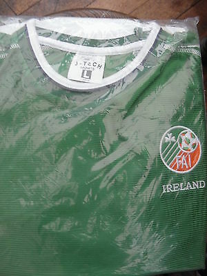 NEW Sealed FIA Ireland Green Football Shirt J-Tech Sports Size Large  NEW
