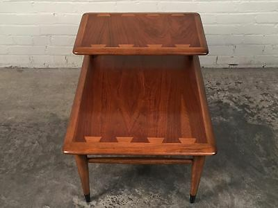 Lane Acclaim Mid-Century Modern 2-Tier Walnut End Table ~ Superior Condition