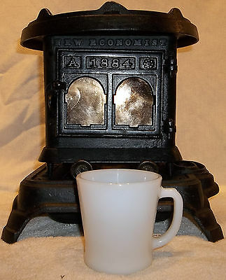 Antique ECONOMIST 1884 Miniature Cast Iron Kerosene Heater Stove Perry & Co.