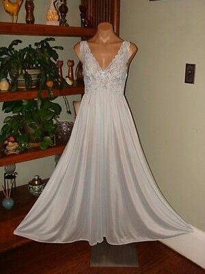 "Ladies/Womens Vintage Shadowline Long Nylon Nightgown - Bust to 40"" - Lt. Blue"