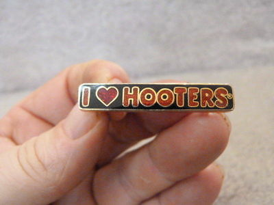 I Love (HEART) Hooters Resteraunt CLOISONNE ADVERTISING Pin 1.75""