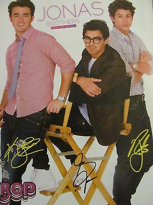 The Jonas Brothers, Robert Pattinson, Double Full Page Pinup