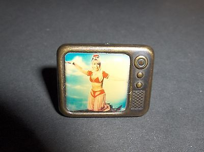 """I Dream Of Jeannie """"iconic"""" Tv Set Adjustable Ring - Very Rare Historical Item"""