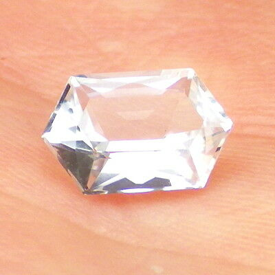 BERYL VAR.GOSHENITE-MOZAMBIQUE 1.13Ct FLAWLESS-COLORLESS-FOR JEWELRY!