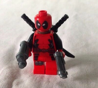 Lego Marvel Super Heroes Deadpool Mini Figure - Fully Complete