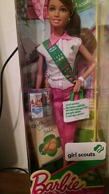 GIRL SCOUT Barbie Doll selling Girl Scout Cookies- New in Box