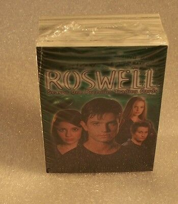 ROSWELL SEASON 1      Complete Trading Card Set  Season ONE