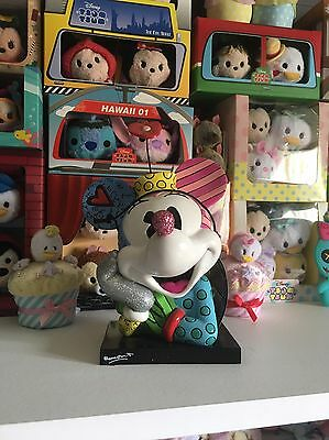Minnie Bust Britto