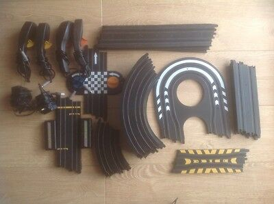 20 Micro Scalextric Track Pieces
