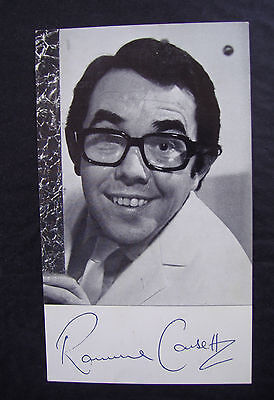 Ronnie Corbett ~ Vintage 1972 Signed Printed Photograph