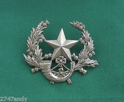 The Cameronians 'Narrow Leaves' ~ 100% Genuine British Army Military Cap Badge