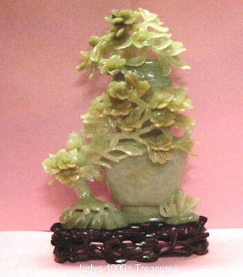 JADE CARVING MEDIUM GREEN COLOR VASE WITH FLOWERS 8 x 5 INCHES   #97