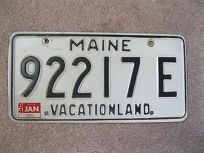 Natural 1984 Maine License Plate 92217 E - VACATIONLAND