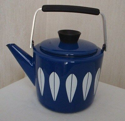 CATHRINE HOLM  BLUE ENAMEL LOTUS pattern  TEA POT/KETTLE CATHRINEHOLM OF NORWAY