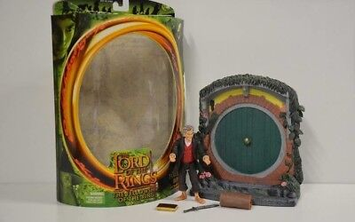 27 ) Toy Biz Lord of The Rings The Fellowship of the Ring - Bilbo  in OVP #