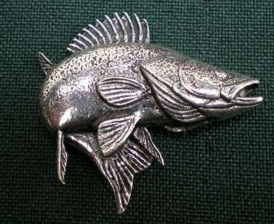 Zander Anstecknadel Pin F24 Walleye