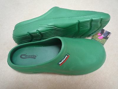 NEW Town & Country green CLOGGIES--Size 11 adult.