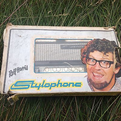 Vintage Rolf Harris stylophone with pen
