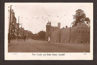 Cardiff. The Castle and Duke Street. Cardiff 1930. RP.