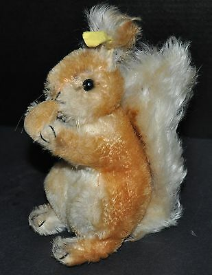 """Steiff **gold Squirrel With Nut** Possy #2001/22  7"""" Tall** Mohair**"""