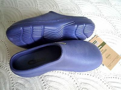 NEW Town & Country blue lightweight CLOGGIES--Size 4 adult.