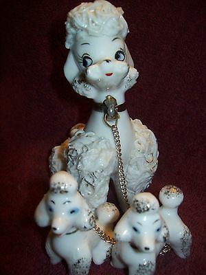 Vintage White SPAGHETTI POODLE FIGURINES with Chains. 1950s. Very Good Condition