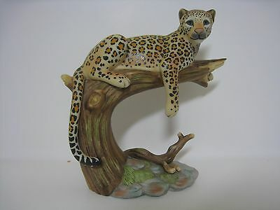 "Home Interiors 2003  ""Leopards Domain"" Porcelain Figurine * excellent"