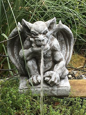 wasserspeier steinfigur gargoyle garten deko teich fantasiefigur gartenfigur eur 68 00 picclick de. Black Bedroom Furniture Sets. Home Design Ideas