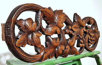 CARVED WOOD PEDIMENT ANTIQUE FRENCH COUNTRY GRAPES VINE SALVAGED CARVING 19th d