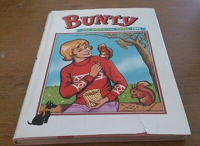 Bunty Annual 1971 With Dustwrapper