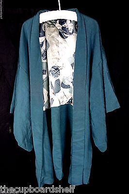 Vintage Kimono green Japan from the design studio of Akemi Sone read description