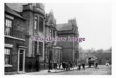 pu1459 - The Infirmary , Wood Street , Doncaster , Yorkshire - postcard