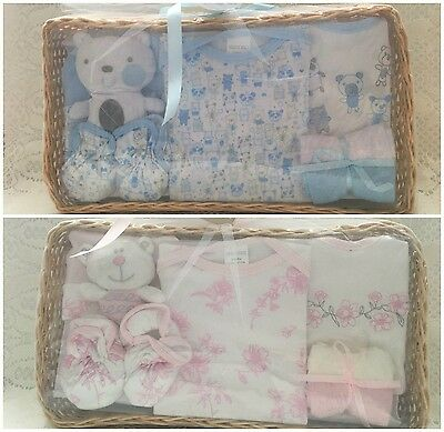 New Baby Boy Girl Gift 8 Piece Basket Hamper Set Baby Shower Present 0-3 Months
