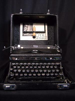 Excellent 1936 Vintage Antique Royal Portable DeLuxe A Typewriter Manual Case