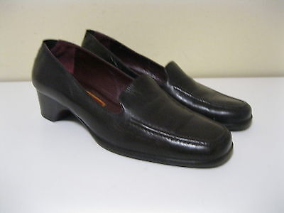 07bb766a4df2c COLE HAAN CITY Womens Shoes Slip On Loafers Leather Brown Sz 7.5 B MADE IN  ITALY