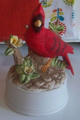 Cardinal Red Bird Music Box Ceramic Made By Melodies Plays Dancer