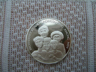 925 'sterling Silver ' Medallion.  'art At The United Nations' 1974