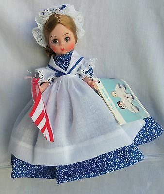 "Madame Alexander 8"" BETSY ROSS Doll #431 MIB Blue Flowered Dress"