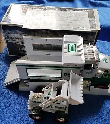 Hess Truck -  2008 Toy Truck w/front loader mint in box