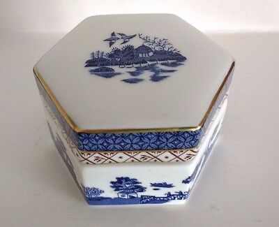 Royal Doulton BOOTHS Real Old Willow - Hexagon Shaped Lidded Box