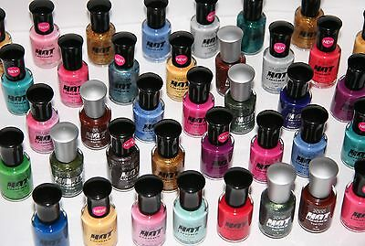 160 x Collection 2000 Hot Looks Nail Polish | RRP £400 | One off Clearance