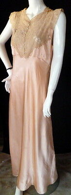 RARE Vtg 1940s PEACH SILK & LACE NIGHTGOWN Kaiser Fifth Ave. NY Handmade