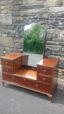 Lovely Solid Wood 1930S Antique/ Vintage Art Deco Dressing Table