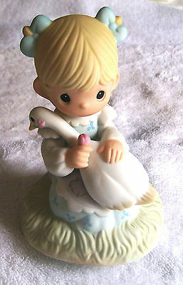 Enesco Precious Moments 1999 L/edition God Is Love #e5213R Colorful Figurine
