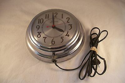 Vintage Session Electric Kitchen Wall Clock