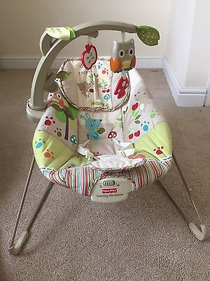 Fisher Price Woodsy Vibrating baby bouncer rocking chair