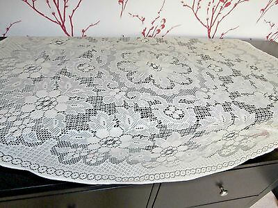 "PRETTY VINTAGE IVORY POLYESTER & COTTON LACE TABLECLOTH ~ 34"" daimeter"