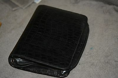 Vintage Franklin Covey  Compact Black Binder, Zippered, 11/4 inch rings.