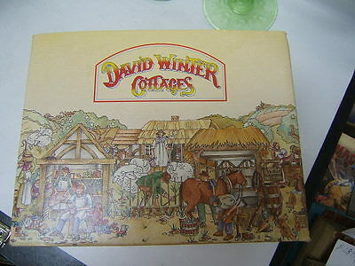 """MIB David Winter Cottages """"Squires Hall"""" 1985 COA made in Britain by Hine"""