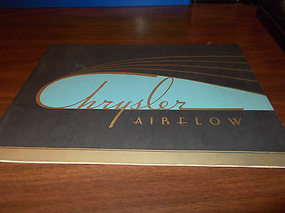 1934 Chrysler Airflow Deluxe 36-page Color Sales Catalog / Very RARE Piece !!